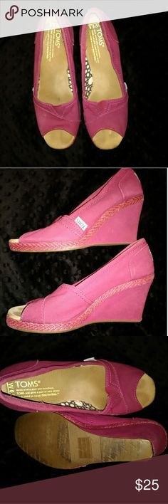 Women's Tom's wedges Fuchsia women's Tom's wedges size 6.5W. They have slight wear at the very bottom of heal (see photo). These are used condition. Toms Shoes Wedges