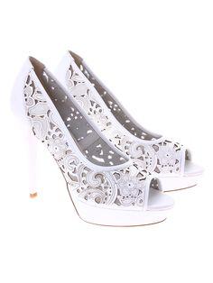 Massimo Zardi pantofi albi pentru dame de la Shopamor    piele naturala Shoes, Fashion, Moda, Zapatos, Shoes Outlet, Fashion Styles, Shoe, Footwear, Fashion Illustrations