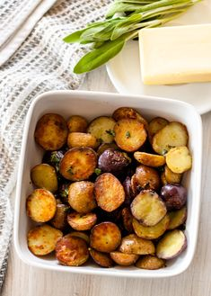 Butter Sage Potatoes | DIVERSE DINNERSTwice cooked potatoes drenched in butter, sage and garlic. Sage Butter, Hot Butter, Pork Dishes, Side Dishes, Potato Rice, How To Cook Potatoes, Vegetarian Cheese, Roasted Potatoes, Food Print