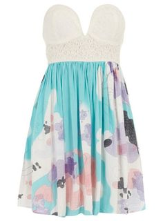 great summer dress from escloset.com use my code 'laurenkangas' for 5% off :)