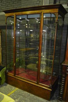 Fine & Antique Furniture + Estate & General Furniture - Sale 8074 - Lot 1852 - Lawsons - Auctioneers, Sydney and Melbourne