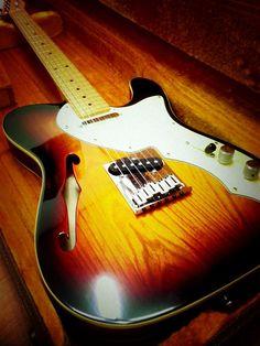 Fender American Vintage '69 Telecaster Thinline | 16jt