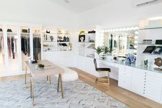 Closet office, glam room, wardrobe room, room closet, walk in closet design Closet Vanity, Vanity Room, Wardrobe Room, Room Closet, Closet Office, Wardrobe Storage, Master Closet, Walk In Closet Design, Closet Designs