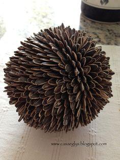 21 Febrero 2014  DIY: Esferas de Café y otras semillas    Holaaaa!!! amigos, en esta oportunidad les traigo una manualidad superfácil ye...