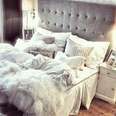 So in love with this bed! #inspo #greyandwhiteeverythang
