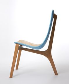 Innovation does not limit to tech. Innovative use of colors in innovative designed chair by Paul Venaille