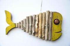 Fish House Art - Artisti Driftwood Fish, Driftwood Wall Art, Driftwood Projects, Wooden Wall Art, Wood Art, Plaster Sculpture, Wooden Fish, Nautical Wall Decor, Sea Glass Crafts