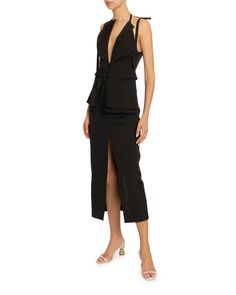 Jacquemus La Robe Ascea Backless Dress In Black Coat Dress, Peplum Dress, Simple Black Dress, Sleeveless Jacket, Layers Design, Dress Outfits, Dresses, World Of Fashion, Luxury Fashion