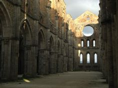 The Abbey of San Galgano: Sword in the Stone and Abbey Without Roof, Perfect Day Trip from Siena