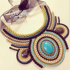Maxi collar by Luz Marina Valero