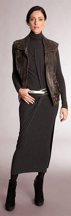 ✚ Donna Karan Fall 2012 ✚ http://www.donnakaran.com/collections/fall-2012/collection/ ✚ More on Fashion Black, My Style & RTW Business