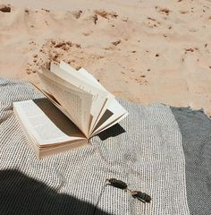 Stills: Books on the Beach