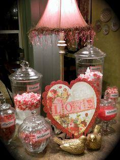 Pretty vintage romantic decor for Valentine's Day