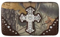 Studded Cross Camo Wallet for Ladies - Realtree Hardwoods HD® | Bass Pro Shops