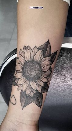 sunflower sweets 24 Ideas The post Tattoo sunflower sweets 24 Ideas appeared first on Best Tattoos.Tattoo sunflower sweets 24 Ideas The post Tattoo sunflower sweets 24 Ideas appeared first on Best Tattoos. Sunflower Tattoo Sleeve, Nature Tattoo Sleeve, Sunflower Tattoo Small, Small Flower Tattoos, Sunflower Tattoos, Nature Tattoos, Sunflower Mandala Tattoo, Sunflower Tattoo Design, Small Tattoo