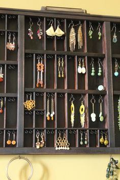 Jewelry Holder made out of a drawer....I could so do this!