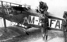 Los orígenes de la aviación militar en España Melilla. Agosto de 1921. La aviación española en Marruecos. Salida de un aeroplano militar del nuevo aeródromo de Melilla