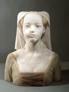 'Dama de Xupa' - Gerard Mas, contemporary Spanish sculptor | he evokes 15th century Florentine and Renaissance portraits adding elements from present days in an amusing irreverence you wouldn't expect | medium: alabaster