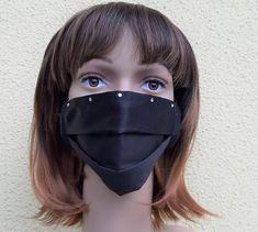 Seiden-Schutzmaske einlagig für den Sommer, mit Strasssteine Sunglasses Women, Etsy, Fashion, Protective Mask, Masks, Silk, Handmade, Summer, Black