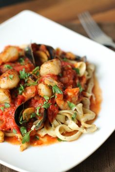 Spicy Seafood Pasta... going to try this recipe tonight!