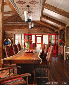 Enormously Appealing Lakeside Summer Cottage | Traditional Home