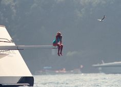 Princess Diana The most iconic diving board picture : The last summer of her life (July 1997). See this as a tribute.