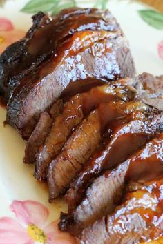 I used to think I didn't like BBQ. Turns out, the Kraft BBQ sauce is NOT even close to what BBQ is. My husband's family is from Texas and as soon as we started dating he introduced me to really BBQ…. However, I had nev Pork Brisket, Beef Brisket Recipes, Meat Recipes, Cooking Recipes, Beef Meals, Chicken Recipes, Chicken Dips, Smoker Recipes, Roast Beef