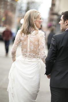 Photography: Raquel Reis - raquelreis.com Read More: http://www.stylemepretty.com/2014/12/22/intimate-new-york-city-winter-elopement/