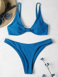 6f9bb0675 Novedades en bikinis y bañadores de mujer. Elige la ropa de baño que mejor  te