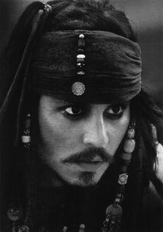 Jack Sparrow - Johnny Depp.