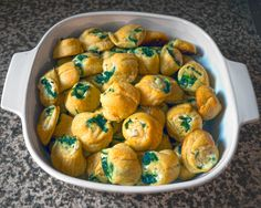 Spinach Pinwheel Bites with onion and chive cream cheese and fresh garlic