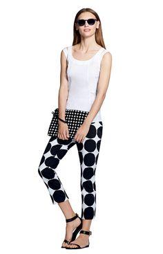 LOOK 2 Poplin Top in White, Hampton Pant in Kivet Print, Clutch in Kivet Print, Wayfarer in Black, and Ankle-Strap Sandal in Black