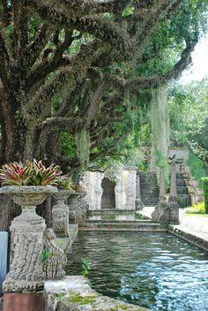 Vizcaya Garden - Miami ©Catie Staszak