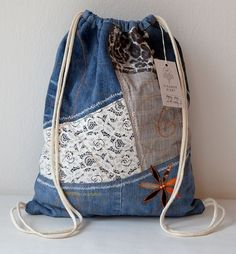 Rigby vak no. Fabric Bags, Denim Fabric, Mochila Jeans, Jean Purses, Denim Handbags, Denim Crafts, Linen Bag, Denim Bag, Diy Clothes