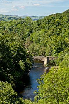 River Dee, Llangollen, Wales