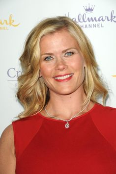 ALISON SWEENEY'S GH EPISODES BEGIN TODAY Alison Sweeney, Bold And The Beautiful, Beautiful Places, Beautiful Women, Famous Women, Famous People, Alison Angel, Soap Opera Stars, Candace Cameron Bure