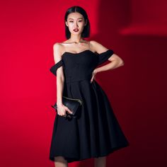 The new spring 2015  elegant little black dress red dress strapless dress, taobao price:US$58.74, click this photo to buy from taobao agent