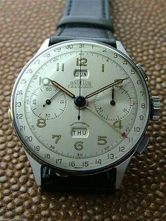 Vintage Watches Collection : Vintage stainless angelus chronodato triple calendar chronograph watch - Watches Topia - Watches: Best Lists, Trends & the Latest Styles Mens Designer Watches, Luxury Watches For Men, Army Watches, Cool Watches, Unique Watches, Vintage Rolex, Vintage Watches, Breitling Watches, Bracelet Cuir