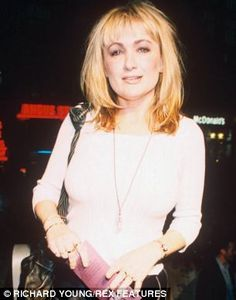 Caroline Aherne sexy - Google Search British Comedy, Lest We Forget, Then And Now, Other People, Comedians, Comic, Nude, Actresses, Actors