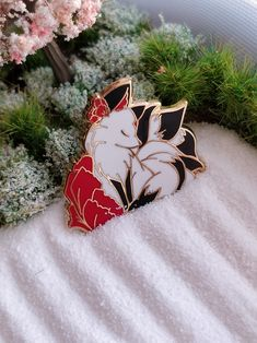 Jamie D'ath is raising funds for Tea cup Bunny Enamel Pins on Kickstarter! The Hard Enamel Glitter pin for lovers of Cute Bunnies, Rabbit, tea, coffee, hot chocolate or march hare fans of alice in wonderland! Cute Fox, Hard Enamel Pin, Metal Pins, Pin And Patches, Fantasy Jewelry, Cute Pins, Cosplay Outfits, Cute Jewelry, Pin Collection