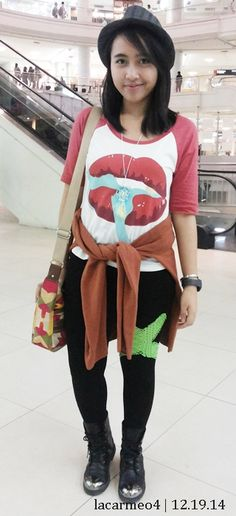 Cross Leggings, Dream Catcher Necklace, Ootds, Fedora Hat, Diy Necklace, F21, Sweater Shirt, Leather Boots, Hipster