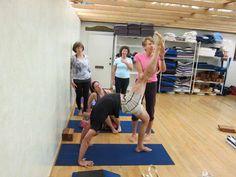 eka pada bhekasana  iyengar yoga backbends  pinterest