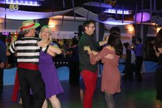Tips for Your First Group Dance Class: http://arthurmurraythebest.com/tips-first-group-dance-class #dance #danceclass #wedding #weddingdance #dancer #dancing #arthurmurray #losangelesdance Los Angeles, California