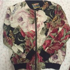 Vintage silk bomber Excellent condition. Vintage 100% silk Tops Sweatshirts & Hoodies