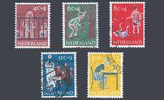 """De kinderpostzegels uit 1959 met het thema """"Bezigheden van kinderen"""". Ontwerp: W. v.d. Salm"""