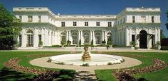 The Great Gatsby (1974) | Rosecliff, Gatsby's mansion in the 1974 ...
