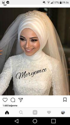 Hijabi Wedding, Hijab Wedding Dresses, Fairytale Bridal, Muslim Girls, Mode Hijab, Bridal Looks, Hijab Fashion, Her Hair, Pretty
