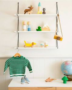 Such a refreshing colour palette in this space by @minted_interiors  (I love colour!) The little Briki Vroom Vroom Wooden Mushrooms fit perfectly into the colourscheme here. You can find them and so many other precious items on Milk Tooth at 20% off right now with the discount code HAPPINESS  w w w . m i l k t o o t h . c o m . a u