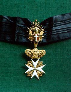 Cross of a Knight of Justice or Knight of Honour and Devotion of the Grand Priory of Austria and of the Grand Priory of Bohemia (Großpriorat von Österreich und Großpriorat von Böhmen).#OrderofMalta #SMOM