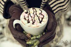 Hot chocolate in EVAA Cocktailbar